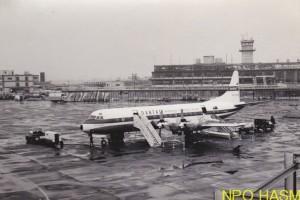 ロッキード・エレクトラ(カンタス航空)1961梅下南海男 写