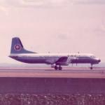 全日空のYS-11 1978年(昭和53年)。(藤)