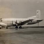 ダグラスC-124グローブマスター輸送機(米軍) 2階建てで「巨人輸送機」と呼ばれた。(大)