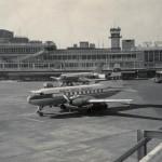 北日本航空と富士航空のコンベアCV-240 コンベアCV-240~440シリーズはDC-3の後を受け、その次の世代・フレンドシップやYS-11が出てくるまでの間、わが国でのよく使われた。1965年(昭和40年)頃。(小)