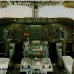 ボーイングB747の操縦席 ボーイングB747-200B/JA8113(日本航空絵はがき)