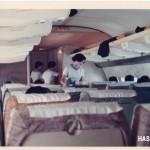 全日空ボーイングB727機内 1969年(昭和44年)。(山Y)